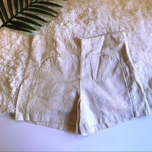 Ellison | high waisted cream colored shorts M